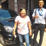 foto-penyerahan-unit-4-sales-marketing-mobil-dealer-daihatsu-demak-miftakhul-munir
