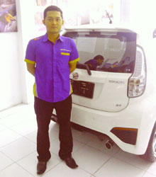 Sales Marketing Mobil Dealer Daihatsu Sragen Bowo