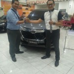 Foto Penyerahan Unit 1 Sales Marketing Mobil Dealer Honda Mojokerto Noffi