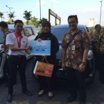 Foto Penyerahan Unit 11 Sales Marketing Mobil Dealer Toyota Surabaya Akmal