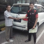 Foto Penyerahan Unit 18 Sales Marketing Mobil Dealer Toyota Surabaya Akmal