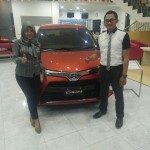 Foto Penyerahan Unit 2 Sales Marketing Mobil Dealer Honda Mojokerto Noffi