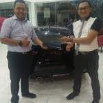 Foto Penyerahan Unit 3 Sales Marketing Mobil Dealer Honda Mojokerto Noffi