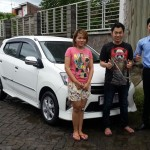 Foto Penyerahan Unit 6 Sales Marketing Mobil Dealer Toyota Jember Taufiq
