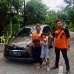 Foto Penyerahan Unit 7 Sales Marketing Mobil Dealer Toyota Surabaya Akmal