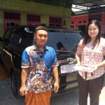 Foto Penyerahan Unit 9 Sales Marketing Mobil Toyota Erna