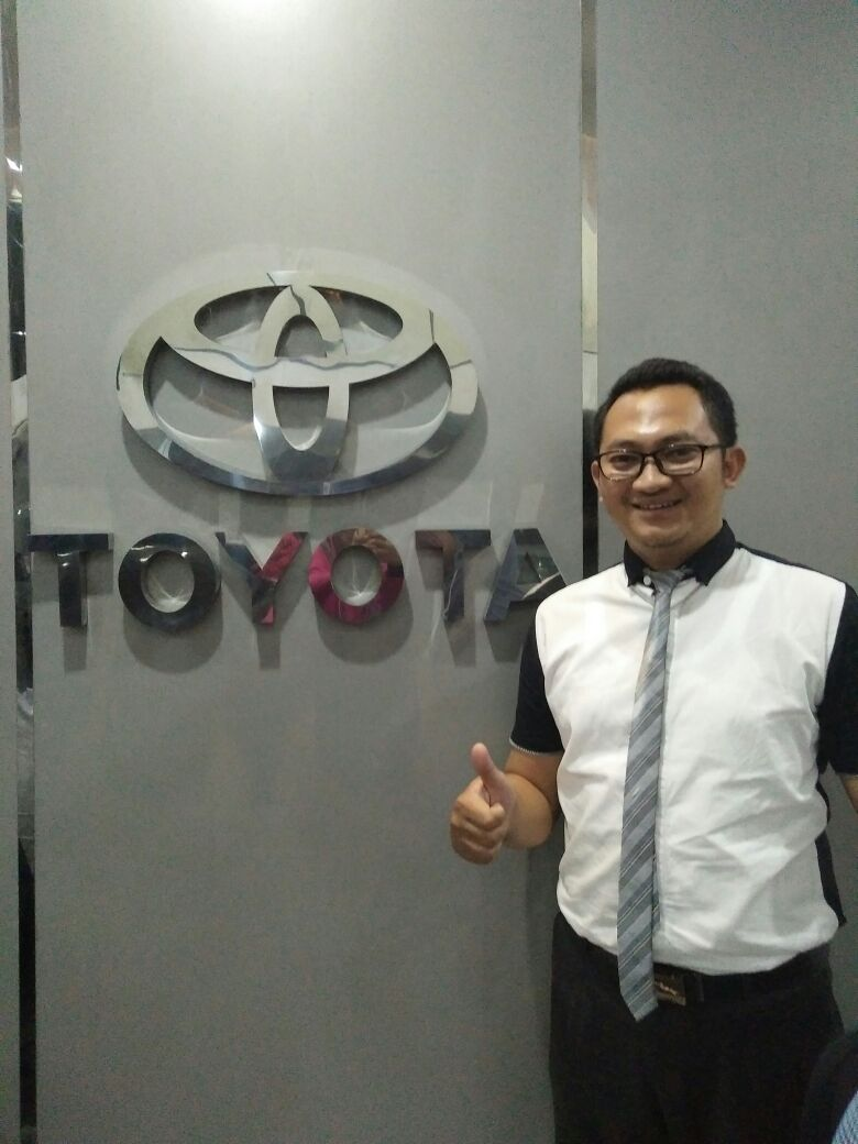 Sales Marketing Mobil Dealer Honda Mojokerto Noffi