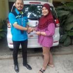 Foto Penyerahan Unit 3 Sales Marketing Mobil Dealer Suzuki Didi