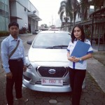 Foto Penyerahan Unit 1 Sales marketing Mobil Dealer Datsun Wulan