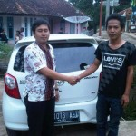 foto-penyerahan-unit-12-sales-marketing-mobil-dealer-toyota-sumedang-atep-sucita