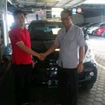 foto-penyerahan-unit-16-sales-marketing-mobil-dealer-toyota-sumedang-atep-sucita