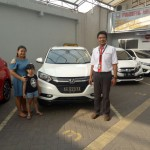 Foto Penyerahan Unit 17Sales Marketing Mobil Dealer Honda Arif