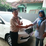 Foto Penyerahan Unit 19 Sales Marketing Toyota Atep