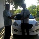 Foto Penyerahan Unit 2 Sales Marketing Mobil Dealer Datsun Solo Sukses Cahyo