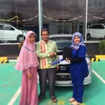 Foto Penyerahan Unit 3 Sales Marketing Mobil Dealer Datsun Aceh Nita