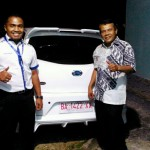 Foto Penyerahan Unit 3 Sales Marketing Mobil Dealer Datsun Farid