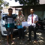 Foto Penyerahan Unit 4 Sales Marketing Mobil Dealer Honda Andri
