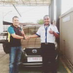 Foto Penyerahan Unit 5Sales Marketing Mobil Dealer Datsun Farid