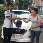 Foto Penyerahan Unit 6 Sales Marketing Mobil Dealer Nissan Solo Sukses Cahyo