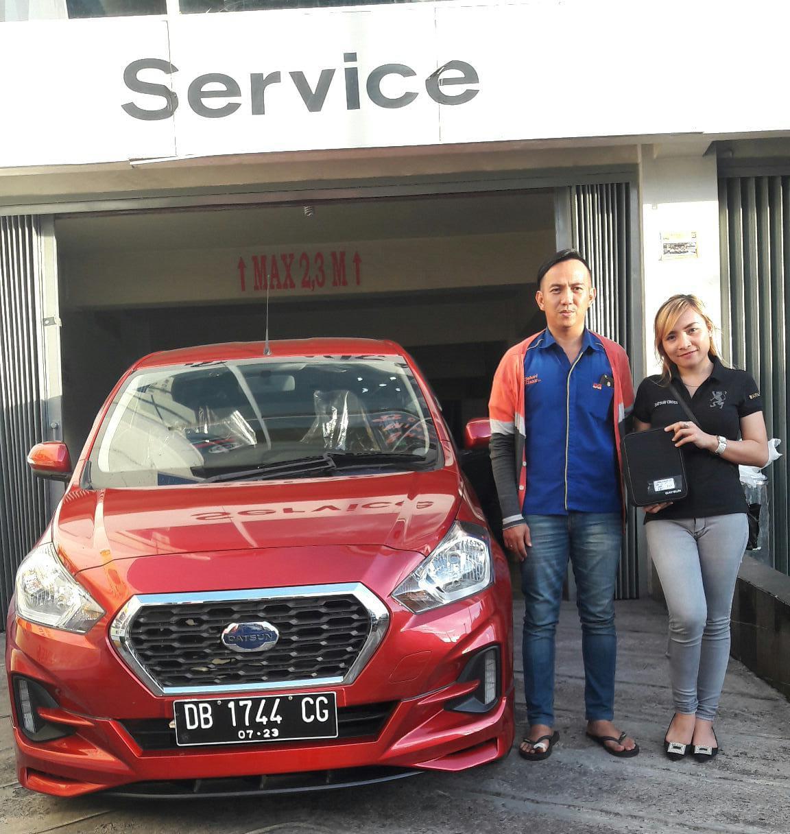 Sales Marketing Mobil Datsun Lia