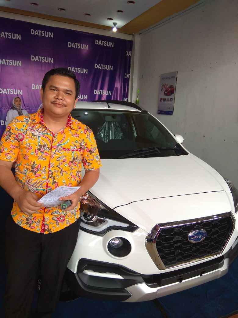 Sales Marketing Mobil Dealer Datsun Andri
