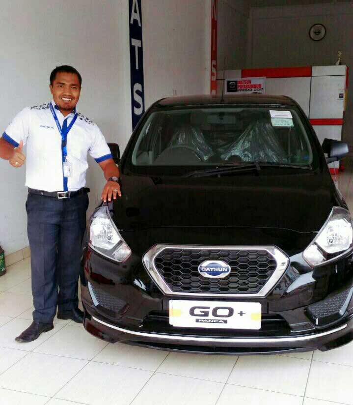 Sales Marketing Mobil Dealer Datsun Farid