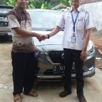 Foto Penyerahan Unit 1 Sales Marketing Mobil Dealer Datsun Tasikmalaya Adytias