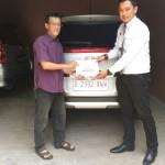 Foto Penyerahan Unit 1 Sales Marketing Mobil Dealer Honda Jakarta Utara Adi