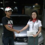 Foto Penyerahan Unit 1 Sales Marketing Mobil Dealer Honda Subang Ina