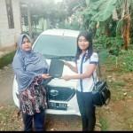 Foto Penyerahan Unit 1 Sales Markting Mobil Dealer Datsun Jakarta Barat Ratna