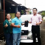 Foto Penyerahan Unit 2 Sales Marketing Mobil Datsun Situbondo Johar