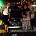 foto-penyerahan-unit-2-sales-marketing-mobil-dealer-datsun-jogja-dian