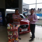 Foto Penyerahan Unit 2 Sales Marketing Mobil Dealer Datsun Purworejo Andres