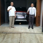 foto-penyerahan-unit-2-sales-marketing-mobil-dealer-honda-cianjur-hedi