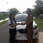 Foto Penyerahan Unit 3 Sales Marketing Mobil Dealer Datsun ELLEN