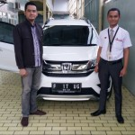 Foto Penyerahan Unit 3 Sales Marketing Mobil Dealer Honda Sukabumi Decky