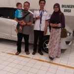 Foto Penyerahan Unit 4 Sales Marketing Mobil Dealer Datsun Tasikmalaya Adytias