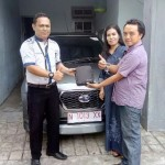 Foto Penyerahan Unit 5 Sales Marketing Mobil Dealer Datsun Nissan Dwi Pur