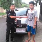 foto-penyerahan-unit-5-sales-marketing-mobil-dealer-datsun-probolinggo-novan-triyono