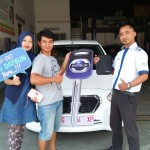 Foto Penyerahan Unit 5 Sales Marketing Mobil Dealer Datsun Tegal Heri