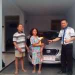 Foto Penyerahan Unit 6 Sales Marketing Mobil Dealer Datsun Nissan Dwi Pur