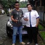 Foto Penyerahan Unit 6 Sales Marketing Mobil Dealer Datsun Purwokerto Erdi