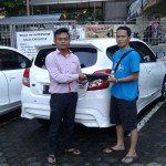 Foto Penyerahan Unit 7 Sales Marketing Mobil Dealer Datsun Agi