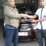 Foto Penyerahan Unit 8 Sales Marketing Mobil Dealer Datsun Agi
