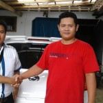 Foto Penyerahan Unit 8 Sales Marketing Mobil Dealer Datsun Purwokerto Erdi