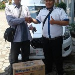 Foto Penyerahan Unit 9 Sales Marketing Mobil Dealer Datsun Purwokerto Erdi
