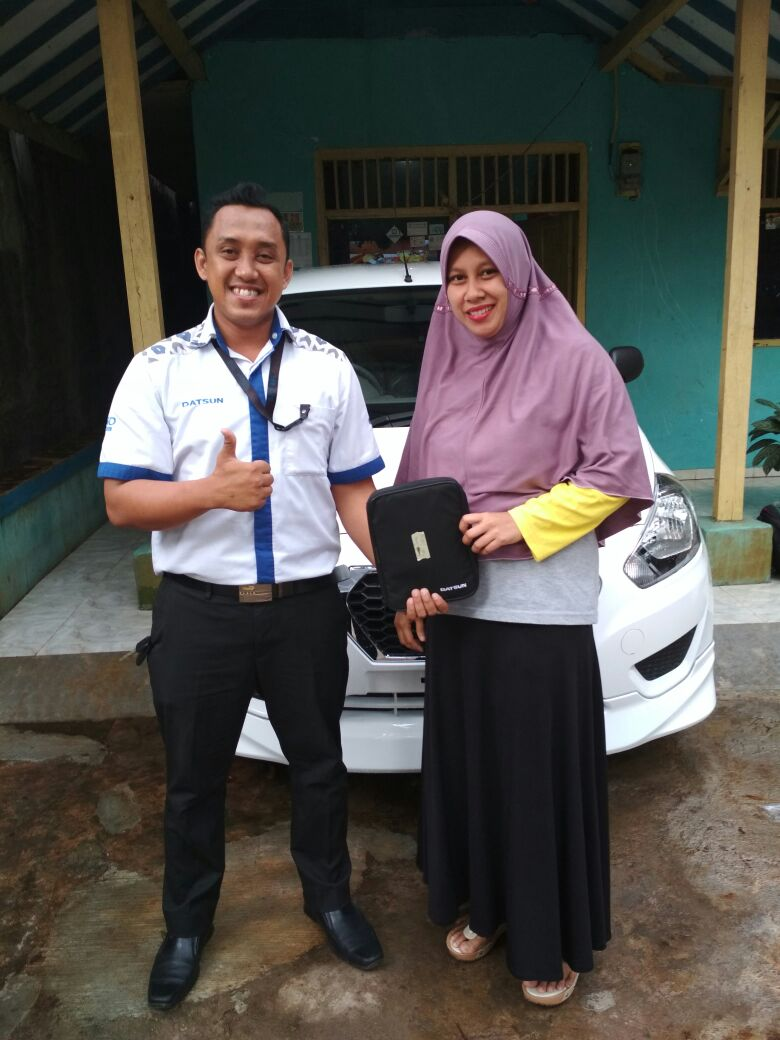 Sales Marketing Mobil Datsun Purwakarta Yosi
