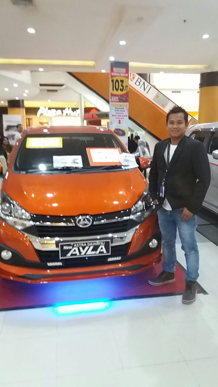Sales Marketing Mobil Dealer Daihatsu Banjarmasin Aulia