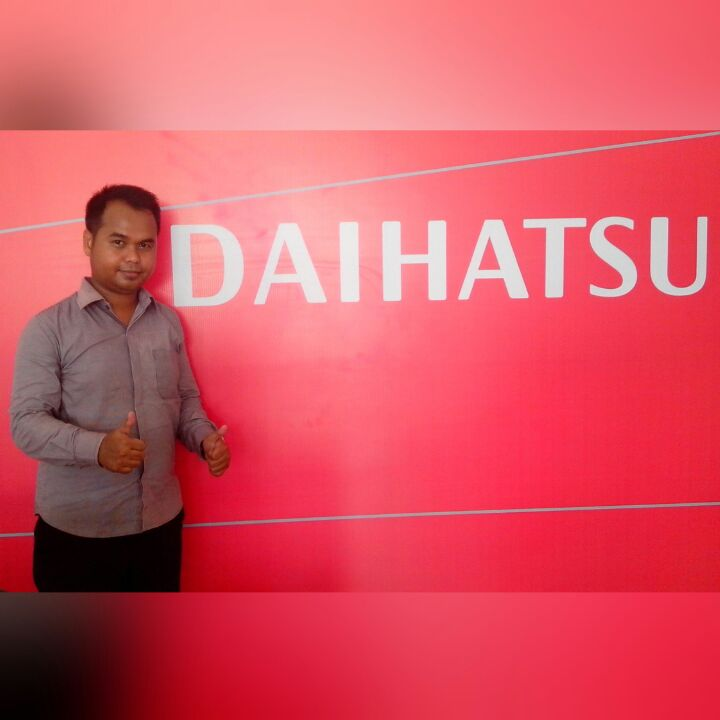 Sales Marketing Mobil Dealer Daihatsu Bansir
