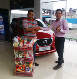 Sales Marketing Mobil Dealer Datsun Bantul Andres